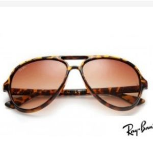 Accessories - Ray Ban RB4125 Cats 5000 Tortoise Sunglasses